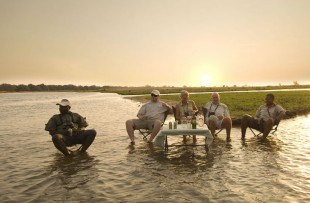 Zambezi Life Styles - sundowner drinks (ABC webiste)